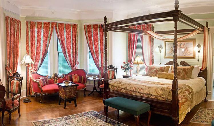 victorian room_1.jpg