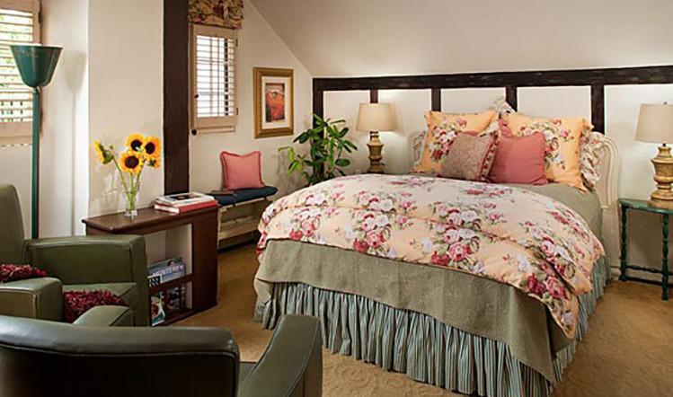 sunflower room_1.jpg