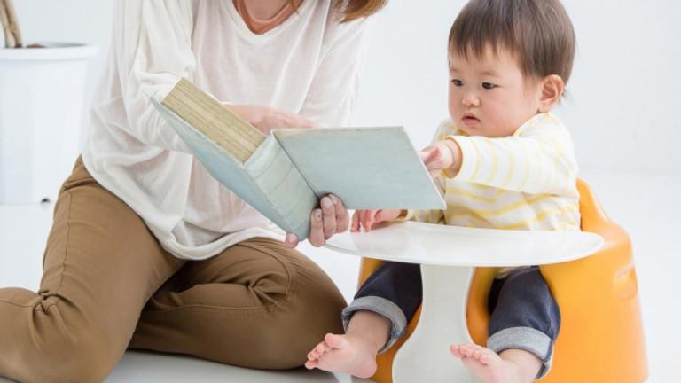 絵本の読み聞かせ・育児相談会