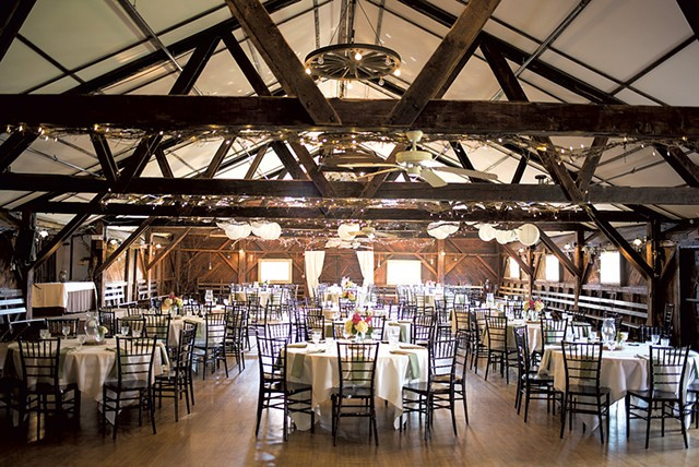 Vermont Wedding Venues.Weddings Parties Events The Old Lantern Inn And Barn
