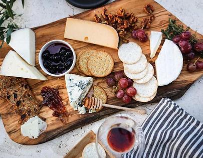 wine-cheese-bars-restaurants-hong-kong-e
