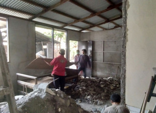 A Mother's Wish Gives to Sari Hati School