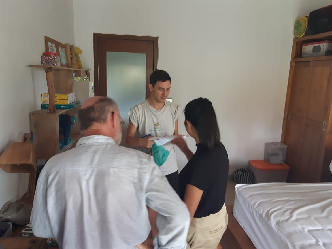 Seb showing his room to David and Rani