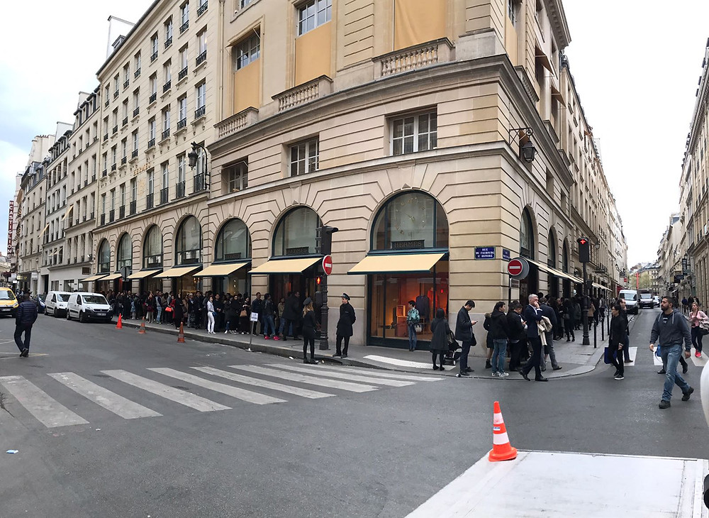 The line in front of Hermes store