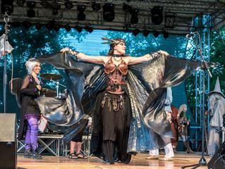 Cosplay Contest e la musica degli sloveni Noreia e gli italiani Boira Fusca nella lunga domenica Tri