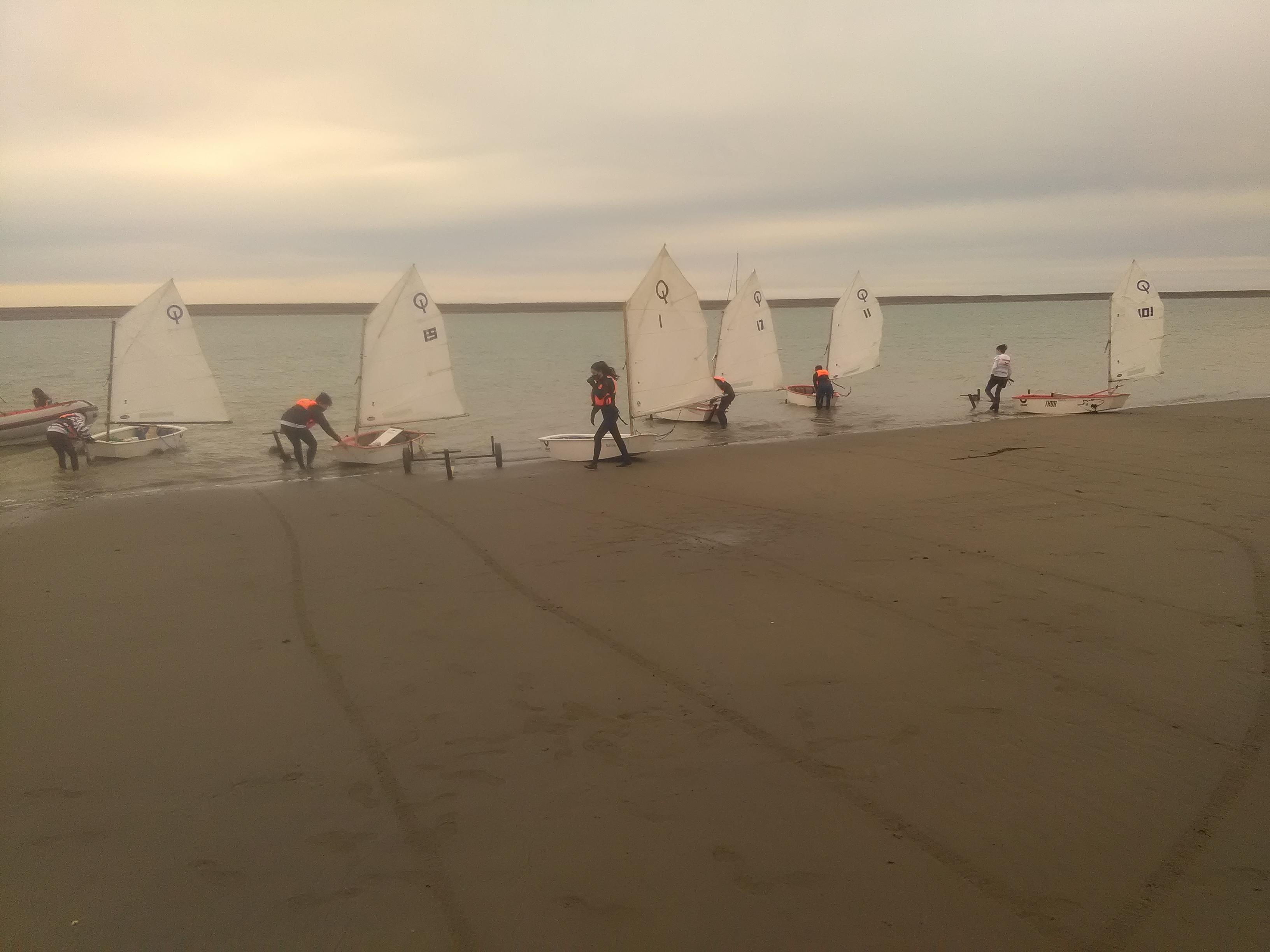 El equipo de vela vuelve a entrenar_5