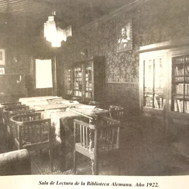 Sala lectura Biblioteca Alemana