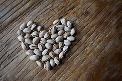 pistachios-4361281_1920.jpg