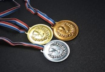medali.png