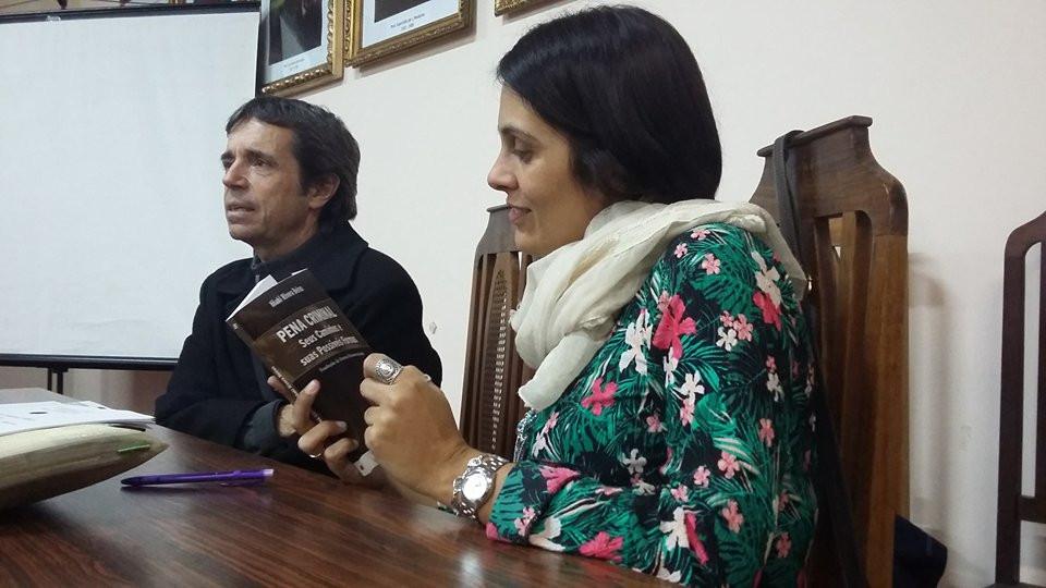 Dr. Iñaki Rivera Beiras e a Dra. Letícia Núñez Almeida.
