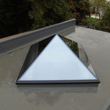 Frameless Pyramid