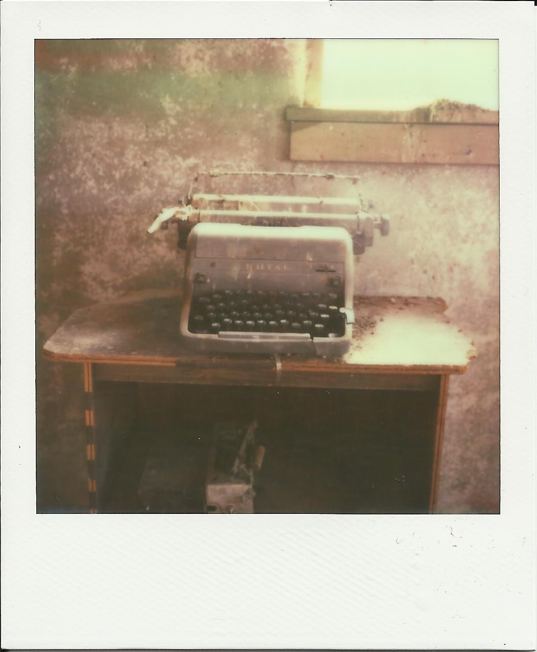 Typerwriter1.1 Polaroid copy.jpg