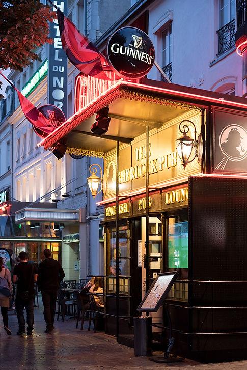 © Anne Lemaître photographe / The Sherlock pub / Reims / architecture
