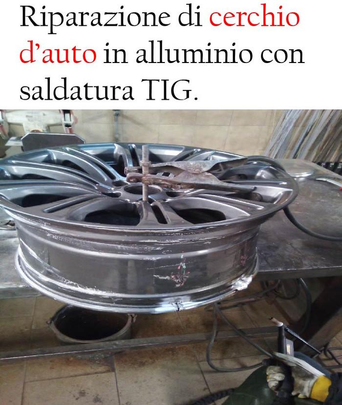 Saldare cerchi in lega ovalizzati d'auto o da moto in alluminio con saldatura TIG