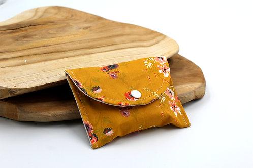 Pochette à savon printanière jaune