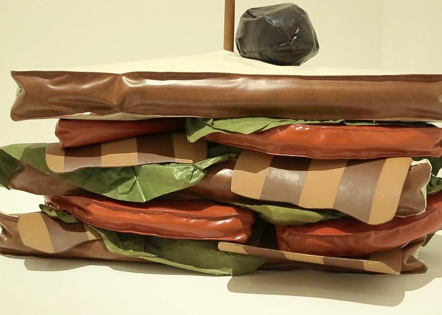 Claes Oldenburg3.jpg