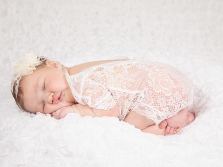 En nyfödd liten flicka!