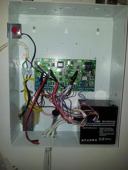 סוללת גיבוי למקרי הפסקות חשמל