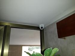 מצלמות אבטחה במרכז
