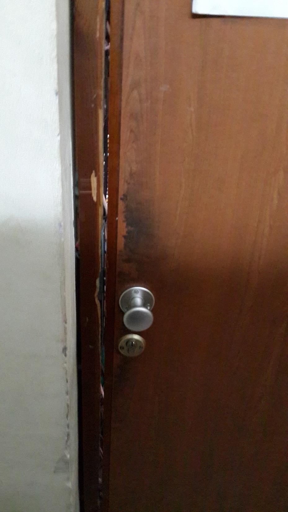 ידית קבועה לדלת