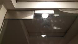 מנעול לדלת זכוכית