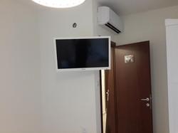 התקנת טלויזיה על הקיר