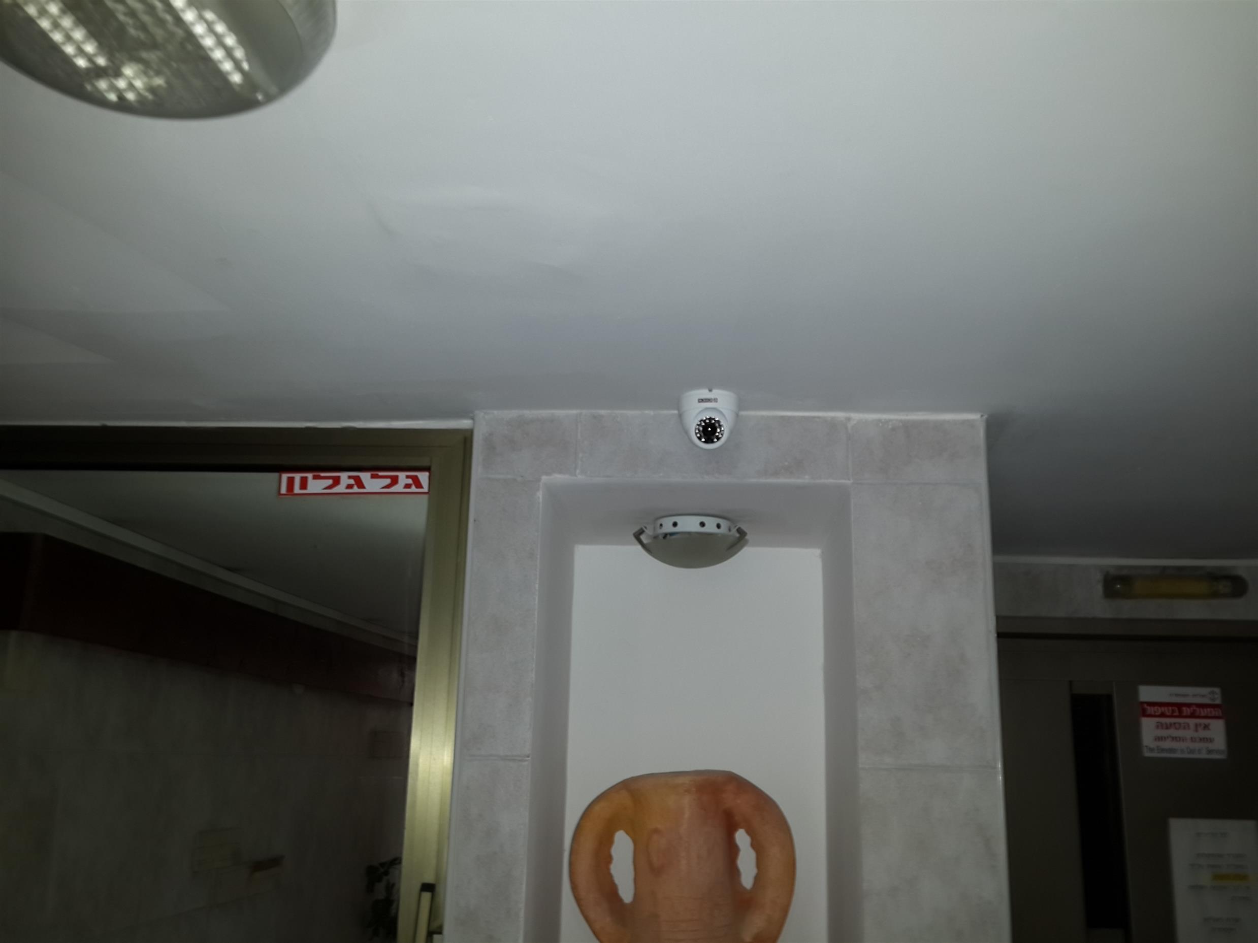 נטו קונטרול - מצלמות אבטחה לבניין