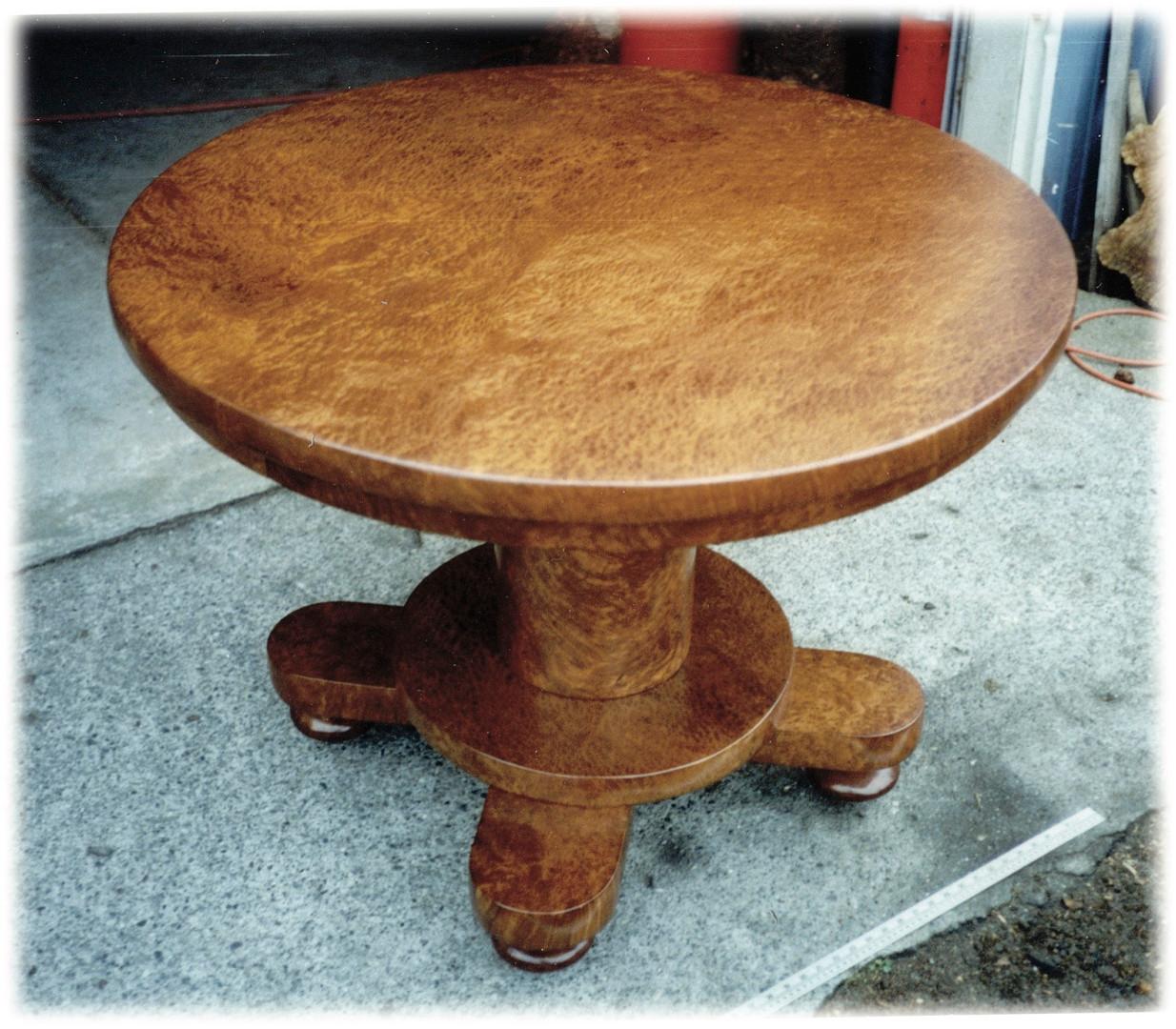Super-Burl-Table.jpg