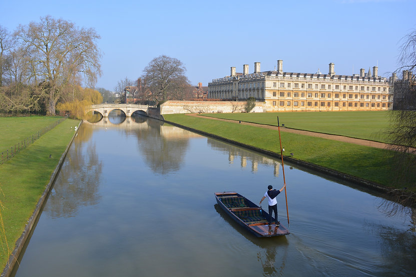 punting-on-the-river-cam-towards-clare-b