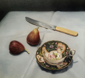 Porcelain and figs