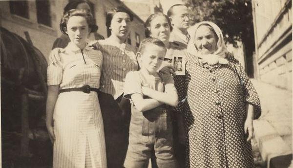 schaechter-family.jpg