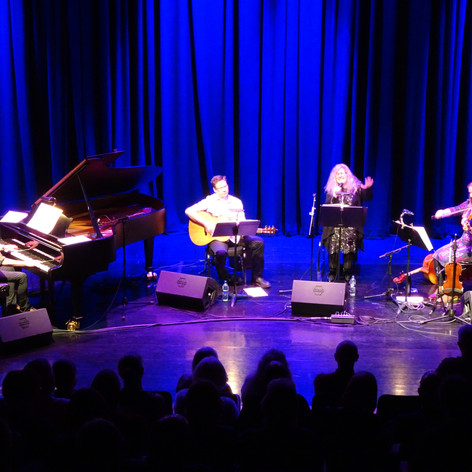 Songs for the IN A SMA ROOM album performed at the Joan Knight Theatre, Perth Theatre, for the first Soutar Festival of Words. Paul Harrison (piano), Kevin Mackenzie (guitar), Debra Salem (vocals), and Patsy Reid (strings)