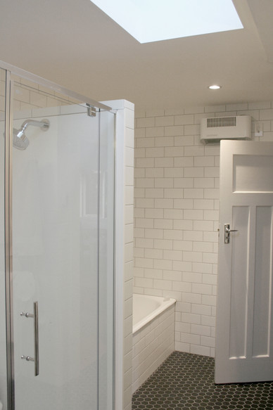 wilkinson bathroom.jpg