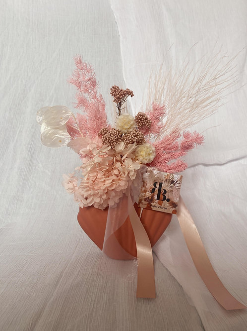 Dried Vase Arrangement- Clay Pink Shell #3