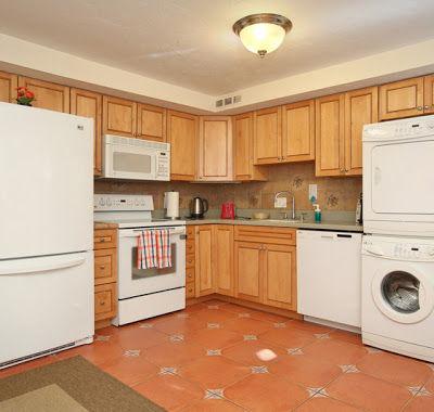Lower Kitchen
