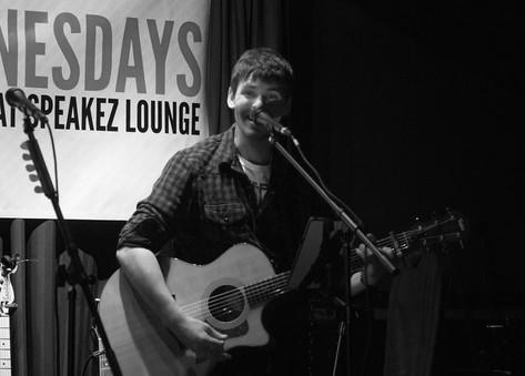 SpeakEZ Lounge - Grand Rapids, MI