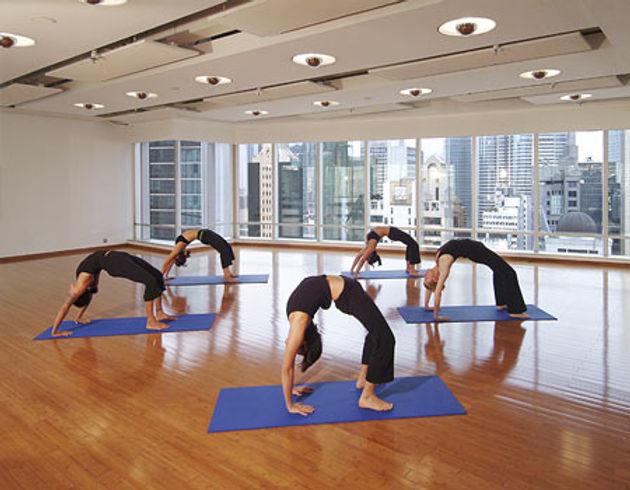 Pure Yoga05.jpg