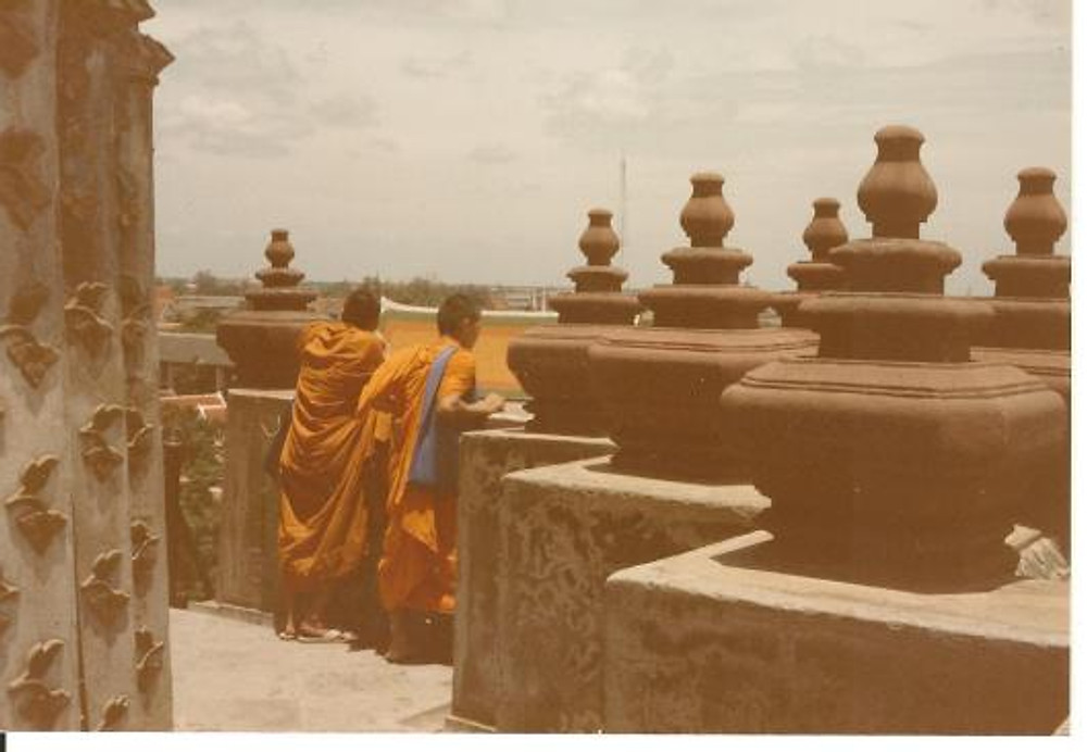 Monks at Wat Arun bangkok 1985 001