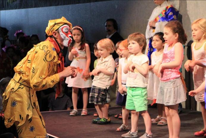 Monkey King with Kids