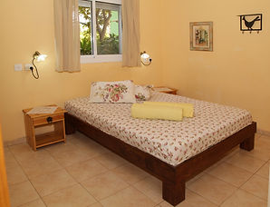 חדר שינה צימר בצפון פינת הסחלב