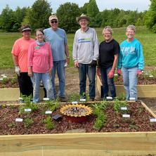 Warren County Master Gardener Crew.