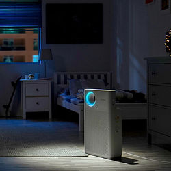 coway-breeze-air-purifier-night-view.jpg