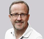 Dr. Axel Scheffer