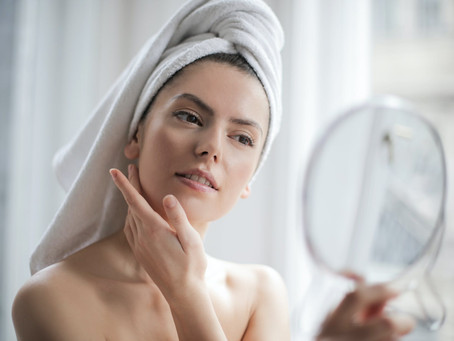 How Micro Needling Benefits Skin, Plus Tips on How to Use it
