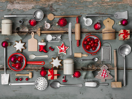 Entertaining at Home: Kitchen Tips and Getting the Home Ready for Guests