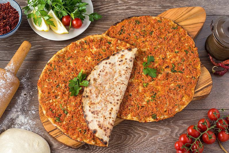 bigstock-Delicious-Turkish-Pizza-Lahmac-