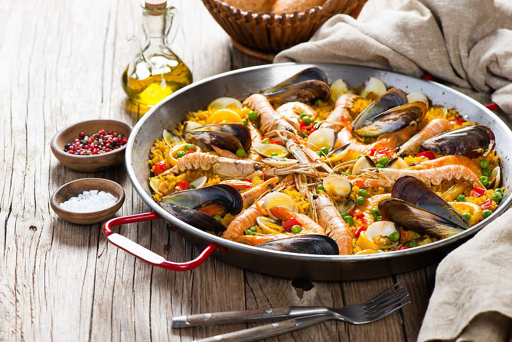 Entertain with this dish that makes a splash! A paella cooking class with a chef from Spain will have your entertainer impressing guests in no time