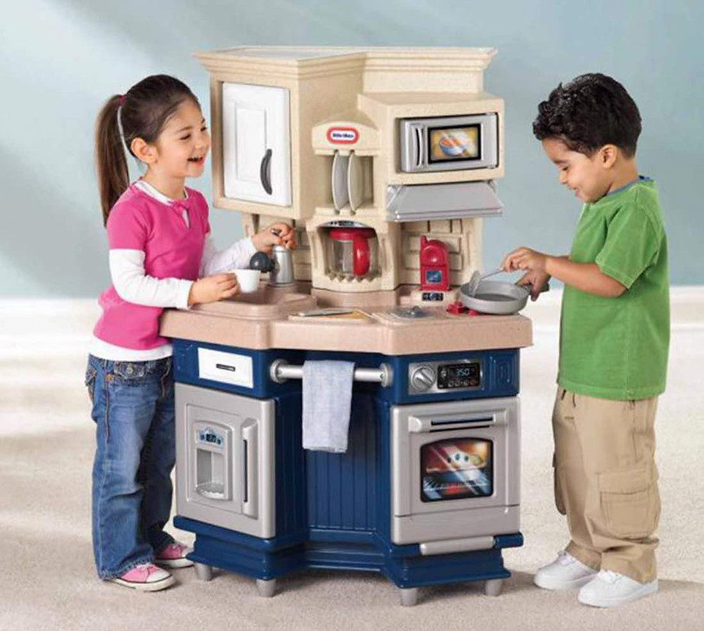 Get your little tikes all set up with baking, cooking and even making coffee!