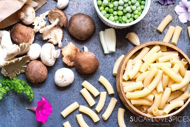 Rigatoni Funghi e Piselli recipe