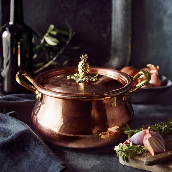 Vintage inspired copper cookware will have your food history lover whipping up soup in no time